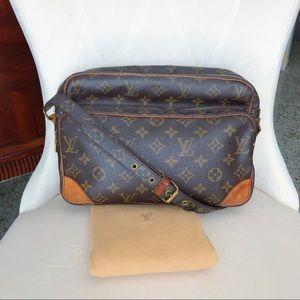 Louis Vuitton Nile Crossbody Monogram Handbag